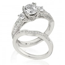 Gottlieb & Sons Engagement Ring Set: 3-Stone Trellis